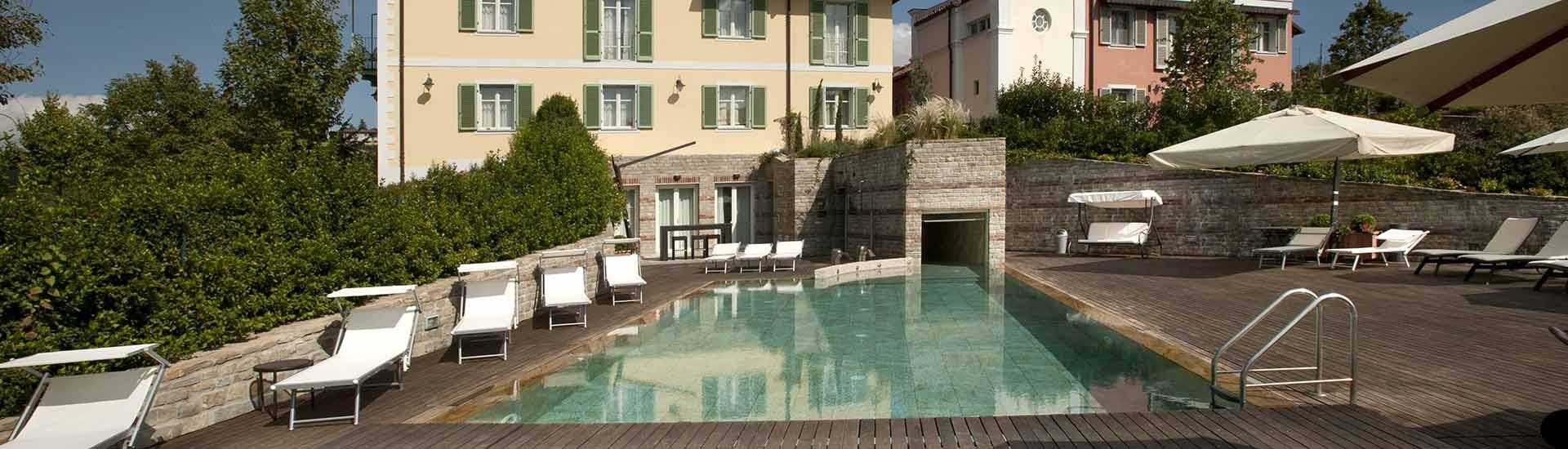 piscina_evidenza