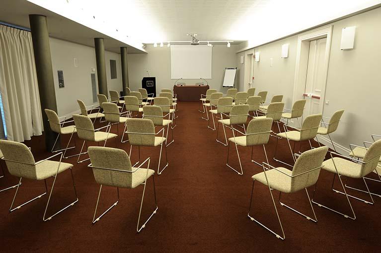 sala-meeting nelle Langhe